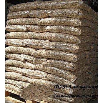 Пеллеты 8мм в мешках по 15 кг на палете
